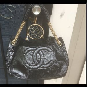 XTRA PICS OF CHANEL Rock & Chain Cabas XL Bag